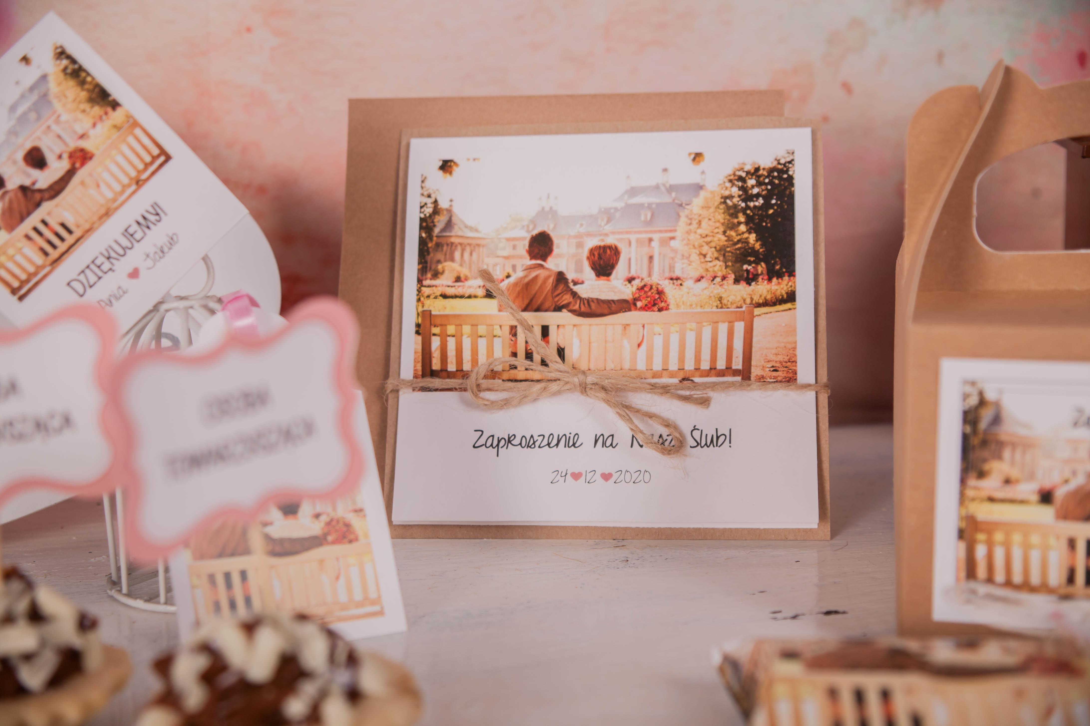 Rustykalne Zaproszenia ślubne Ze Zdjęciem Pary Młodej